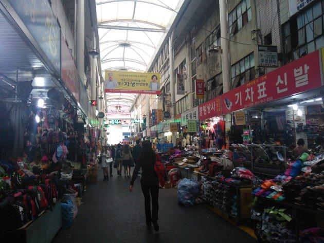 西門市場の風景2(2015年10月撮影)