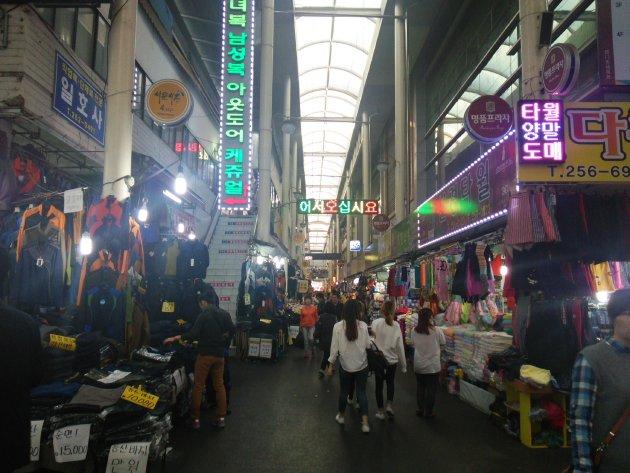 西門市場の風景1(2015年10月撮影)